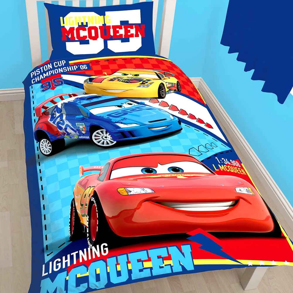 lightning mcqueen bett selber bauen kreative ideen f r innendekoration und wohndesign. Black Bedroom Furniture Sets. Home Design Ideas